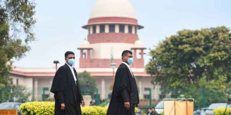 CBSE Exam 2021: Supreme Court Hearing Adjourned till Monday, High Chances of 30 Minutes Exam for Major Subjects | AglaSem News